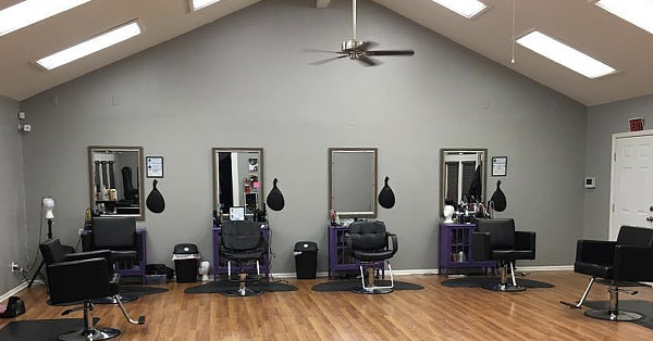 Salon R - Black Hair Salon located in Tuscaloosa, AL